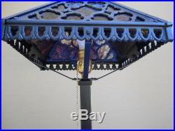 1920s ARTS & CRAFTS SLAG GLASS LAMP