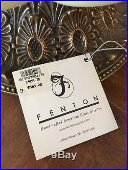 Fenton Lamp 2002 Song Sparrow On Burmese Handblown GWTW 5505ZP limited