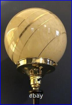 ORIGINAL 1930s ART DECO TABLE DESK LAMP BRASS BASE MAHOGANY STEM. GLOBE SHADE