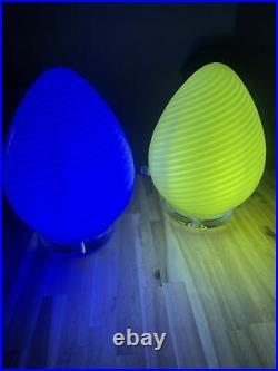 Pair of Vetri / Maestri Murano White Swirl 12Italian Glass Egg Lamp 60's70's